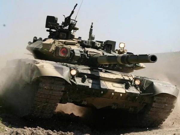 Xe tăng T-90 của Nga có thể chịu được các loại đạn chống tăng của phiến quân ở Syria