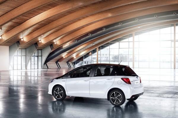 Toyota Yaris 2016 trình làng với nhiều thay đổi mới mẻ ảnh 3