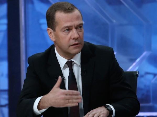 Thủ tướng Medvedev: Nga đã tránh chiến tranh với Thổ Nhĩ Kì ảnh 1
