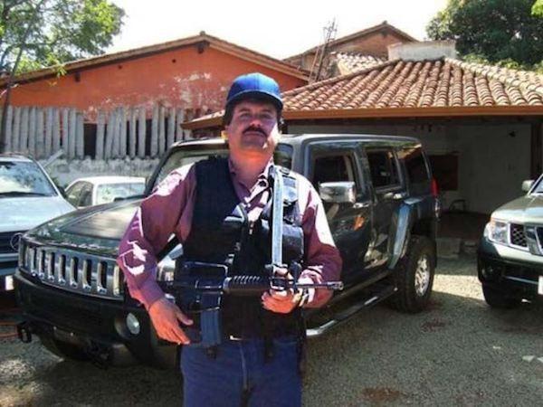 """Trùm ma tuý khét tiếng đang chạy trốn Joaquín """"El Chapo"""" Guzmán"""