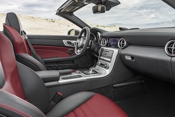 Chiêm ngưỡng ảnh đẹp long lanh của Mercedes SLC 2017 mui trần ảnh 10