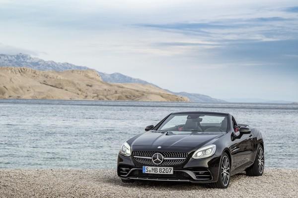 Mercedes SLK được đổi tên thành SLC ở phiên bản mới