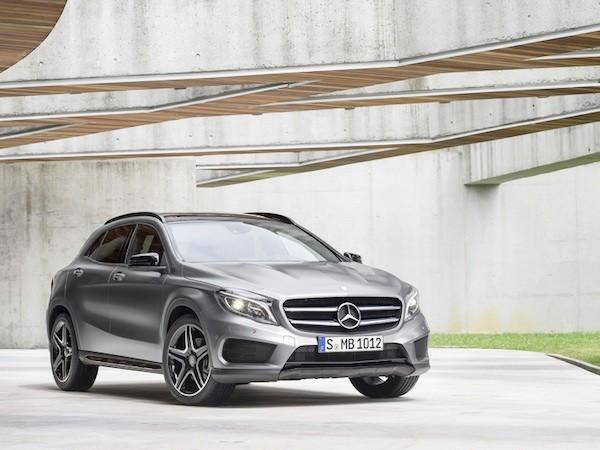 """Mercedes giữ độ """"hot"""" cho GLA bằng một loạt nâng cấp mới ảnh 1"""