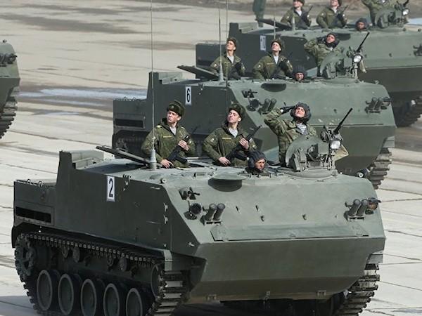 Nga hoàn tất trang bị các xe BMD-4M và Rakushka cho lính dù vào 2025 ảnh 2