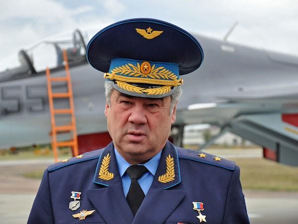 Tư lệnh lực lượng hàng không - vũ trụ Nga, ông Viktor Bondarenko