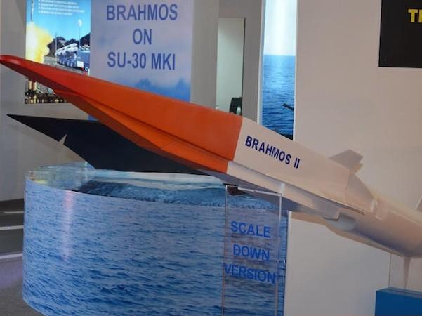 Nga - Ấn Độ sắp thử nghiệm tên lửa BrahMos 2, tốc độ Mach 7 ảnh 1