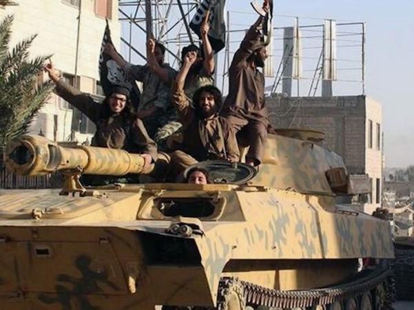 Tình báo Mỹ khẳng định IS suy yếu tại Iraq và Syria ảnh 1