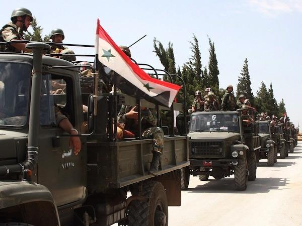 Quân đội Syria tấn công dồn dập để giành lại Aleppo