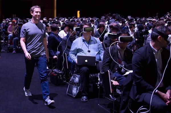 Hình ảnh Mark Zuckerberg xuất hiện tại sự kiện của Samsung vào hôm 22-2