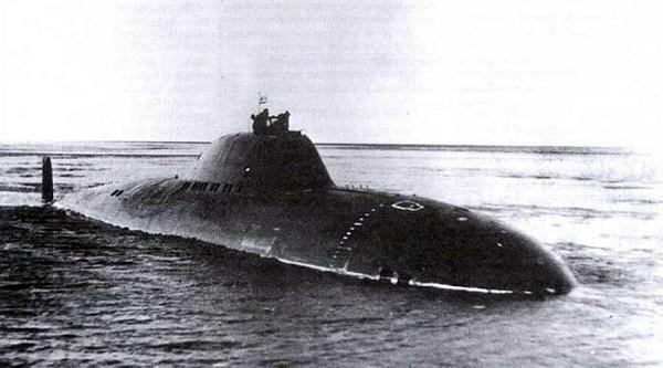 Hình ảnh tàu ngầm Alpha do Liên-xô chế tạo