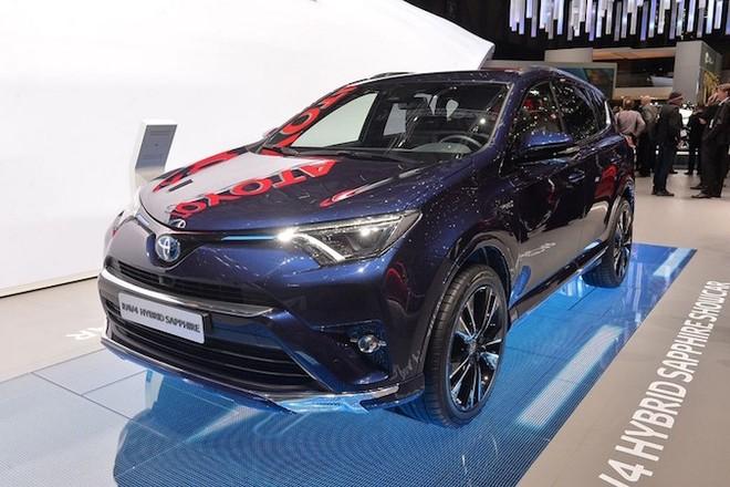 """Toyota RAV4 Hybrid Sapphire concept """"toả sáng"""" tại triển lãm Geneva ảnh 7"""