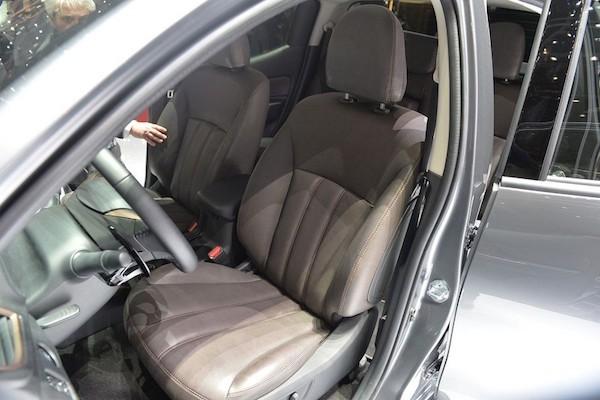 Xe bán tải Fiat Fullback: Thiết kế thể thao, bắt mắt ảnh 5