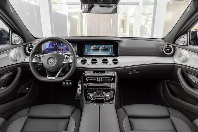 Mercedes-AMG E43: Mạnh mẽ và sang trọng ảnh 4