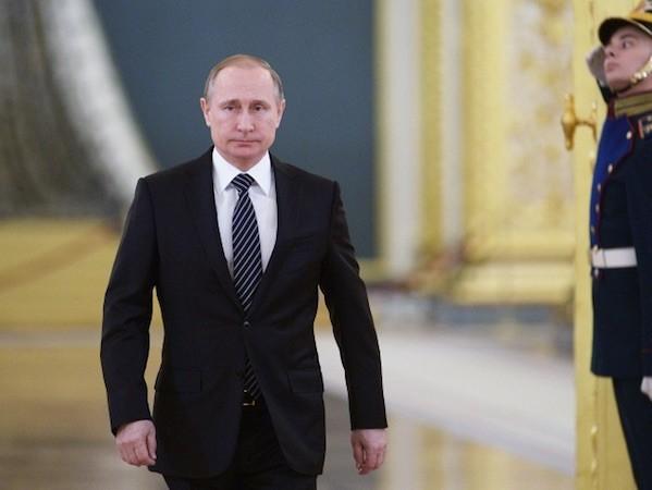Tổng thống Putin khen ngợi thành tích của quân đội Nga tại Syria