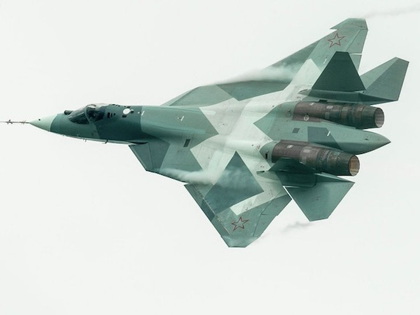 Máy bay FGFA được phát triển dựa theo T-50 của Nga