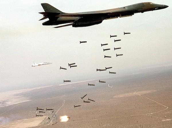 Mỹ cho đồng minh dùng bom của mình đi ném IS