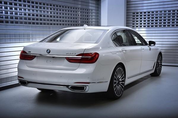 BMW trình làng 2 phiên bản đặc biệt 750i xDrive Solitaire và Master Class ảnh 6