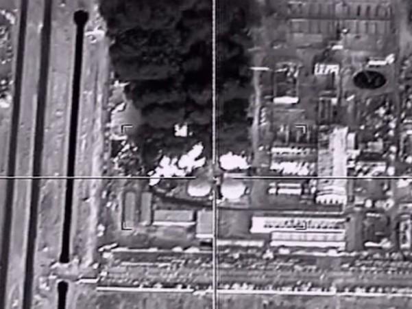 Nga đang tăng cường phá huỷ các cơ sở lọc dầu của IS