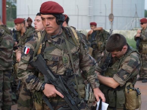 Pháp đã triển khai lính bộ binh đến Syria