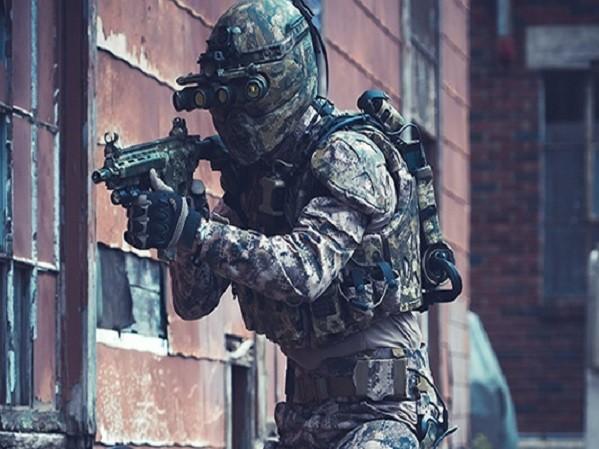 Không chỉ bảo vệ cho người mặc, áo giáp TALOS mới sẽ có khả năng theo dõi các chỉ số sinh học