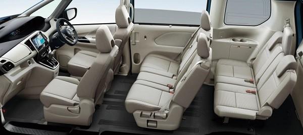 Nissan Senera 2017: Rộng rãi và đầy đủ tiện nghi