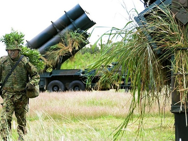 Nhật Bản sẽ phát triển tên lửa bảo vệ đảo có tầm bắn 300km