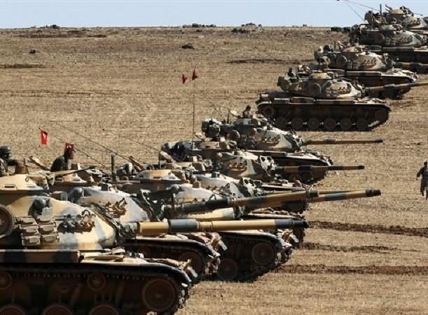 Hàng chục xe tăng Thổ Nhĩ Kì đang có mặt trên lãnh thổ Syria