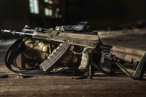 Nga trình làng phiên bản mới của súng trường tấn công AK-12