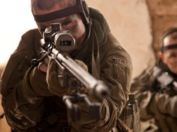 Lính đặc nhiệm Anh SAS giết 4 tên khủng bố chỉ bằng một phát đạn