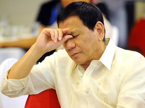 Tổng thống Duterte chỉ đề nghị Trung Quốc cho ngư dân đánh cá gần bãi Scarborough