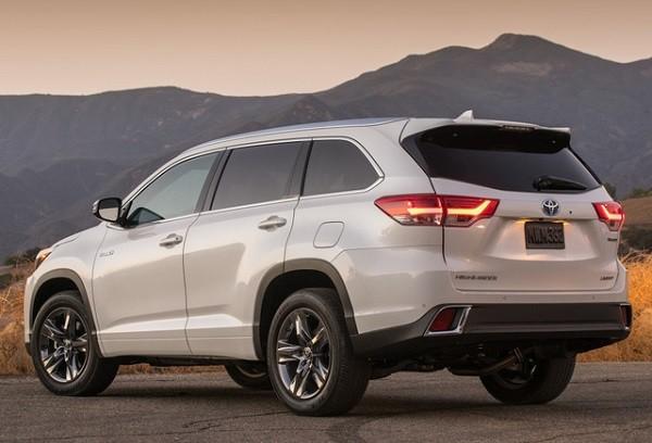 Toyota Highlander 2017: Đắt hơn nhưng tiết kiệm nhiên liệu hơn