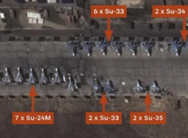 8 chiếc Su-33 đang xuất hiện trên căn cứ Hmeymim thay vì trên tàu Đô đốc Kuznetsov