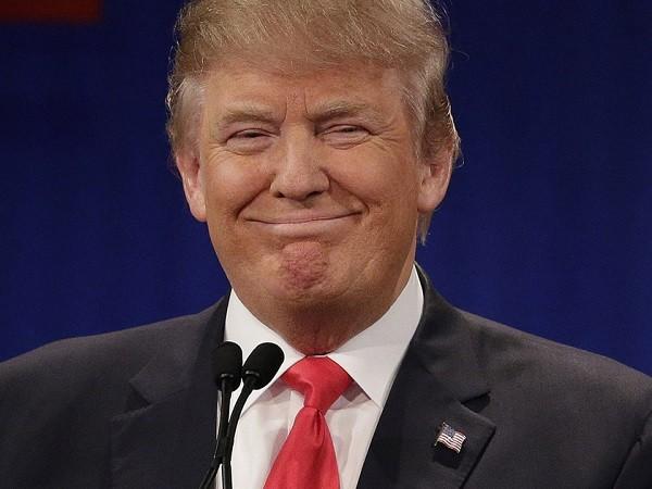 Chưa nhậm chức nhưng ông Trump đã có những lời qua tiếng lại với Trung Quốc