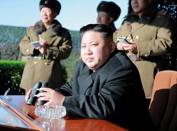 Ông Kim Jong-Un theo dõi cuộc tập trận