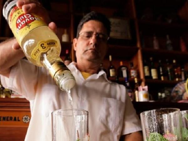 Rượu rum và dược phẩm có thể được sử dụng làm mặt hàng trả nợ cho Cộng hòa Séc