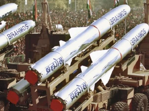 Tên lửa BrahMos sẽ có tầm bắn tăng lên 600km