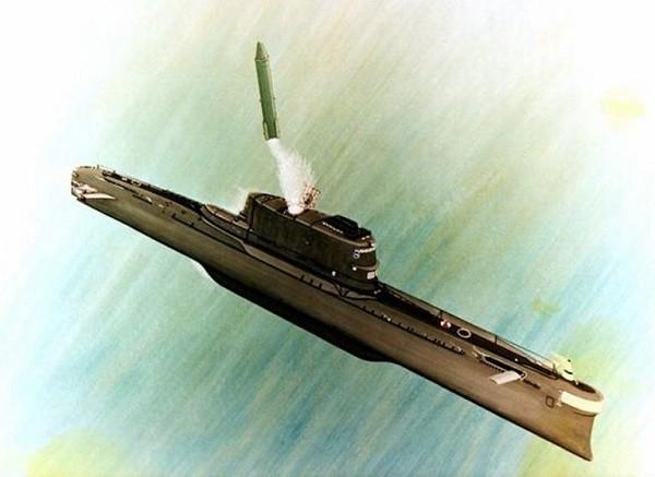 Thiết kế tàu ngầm lớp Golf do Liên-xô chế tạo với ống phóng tên lửa nằm trên tháp tàu