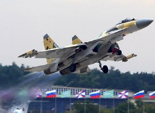 Trung Quốc là nước ngoài đầu tiên mua được Su-35 từ Nga