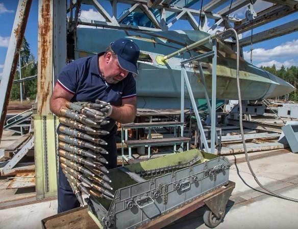 Súng cối bắn nhanh trên tiêm kích T-50 có thể sử dụng nhiều loại đạn