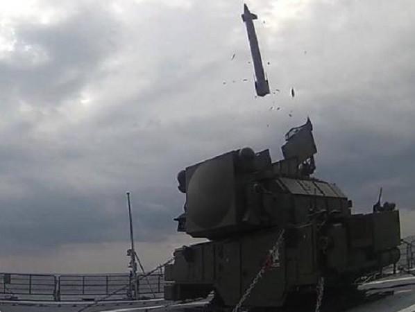Tor-M2KM được triển khai lên tàu Đô đốc Grigorovich