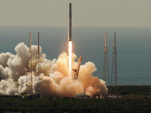 SpaceX được quân đội Mỹ tin tưởng để đưa thiết bị do thám ra ngoài vũ trụ