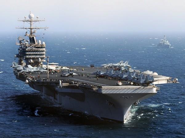 Tàu sân bay USS Abraham Lincoln