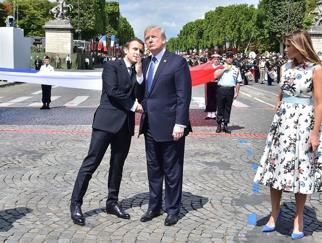 Tổng thống Trump là người có nhiều kiểu bắt tay rất đặc biệt