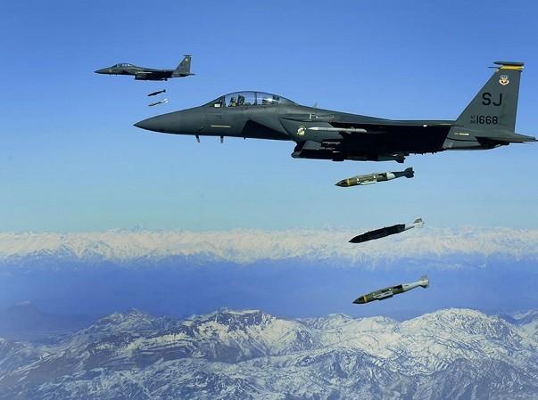 Mỹ đang tăng cường không kích chống khủng bố tại Afghanistan trong năm 2017