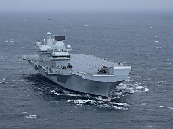 Tàu sân bay HMS Queen Elizabeth là chiến hạm lớn nhất từ trước tới nay của Anh