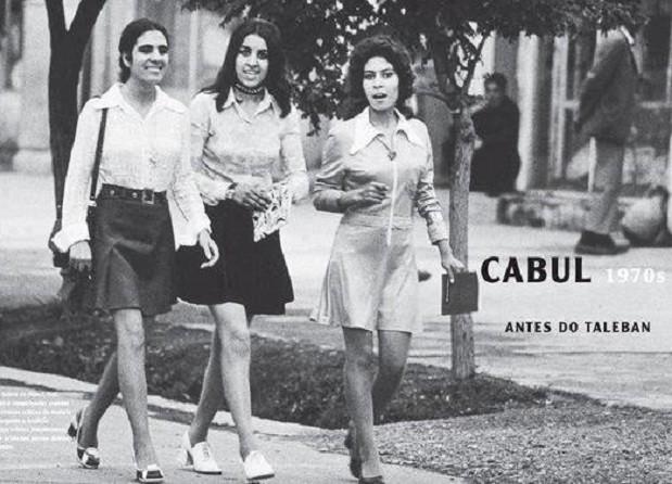 Bức ảnh phụ nữ mặc váy ngắn ở Kabul