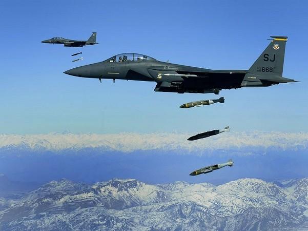 Phi công Mỹ đã sẵn sàng không kích tăng cường tại Afghanistan