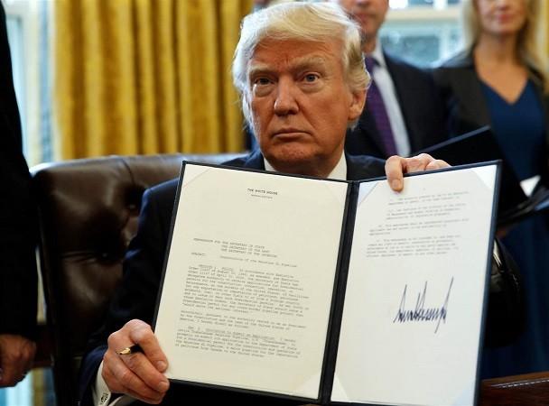 Tổng thống Trump và quốc hội đồng ý nâng trần nợ công của chính phủ Mỹ