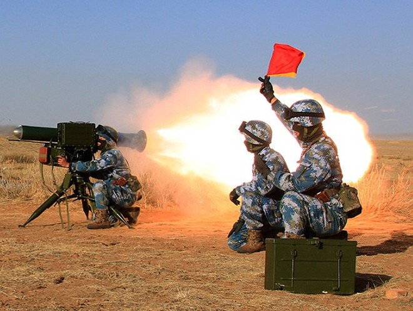 Lần đầu binh lính Trung Quốc tập trận trong môi trường khí hậu châu Phi