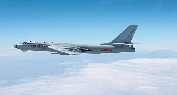 Máy bay ném bom Trung Quốc khiến Mỹ lo lắng